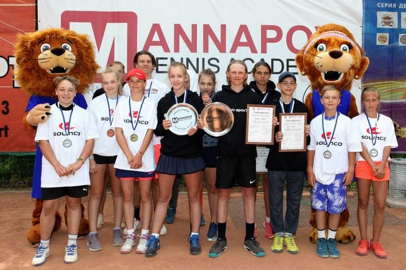 В Сестрорецке прошел турнир по теннису