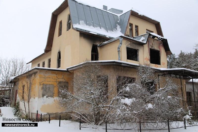 Дом Олофа на Сосновой улице в Сестрорецке сняли с охраны
