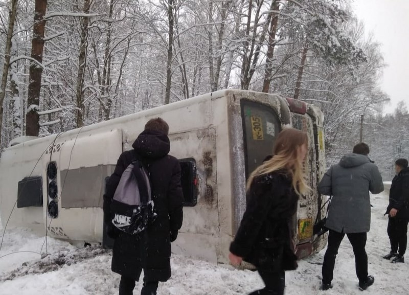 Водителя маршрутки, погубившего пассажирку на Приморском шоссе, отправили в колонию-поселение